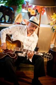 Acoustic Joe Camilleri