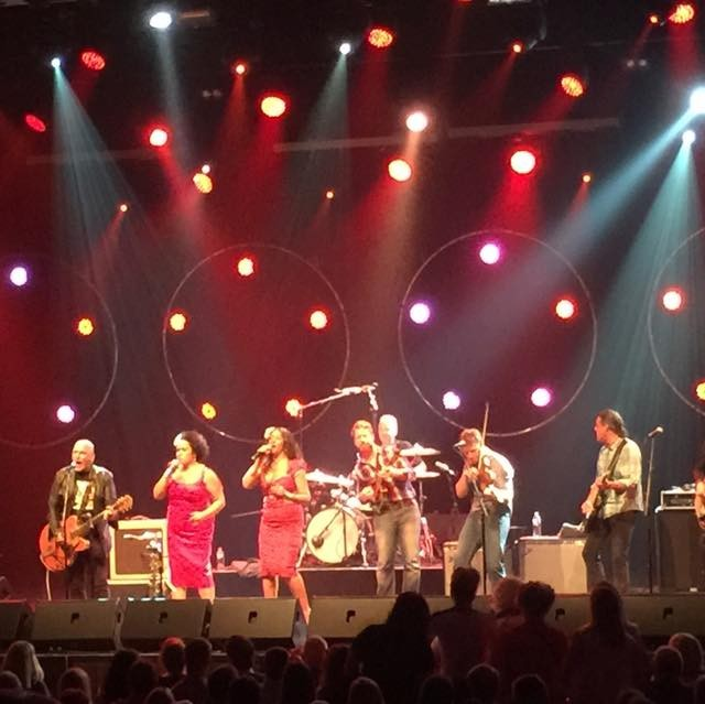 The Black Sorrows with Vika and Linda and the Davidson Brothers